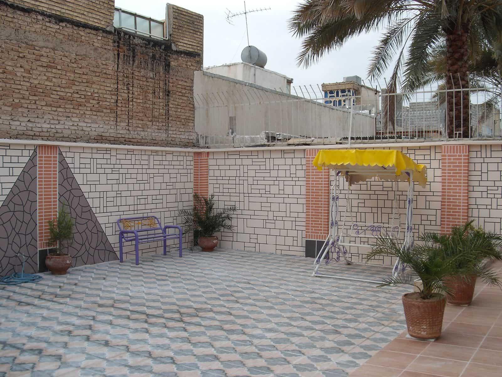 سرامیک نما دیوار حیاط
